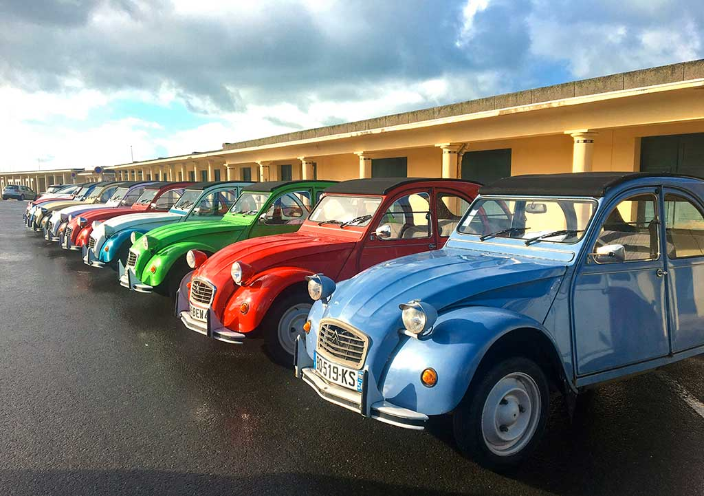 Discover Normandy in the famous 2cv