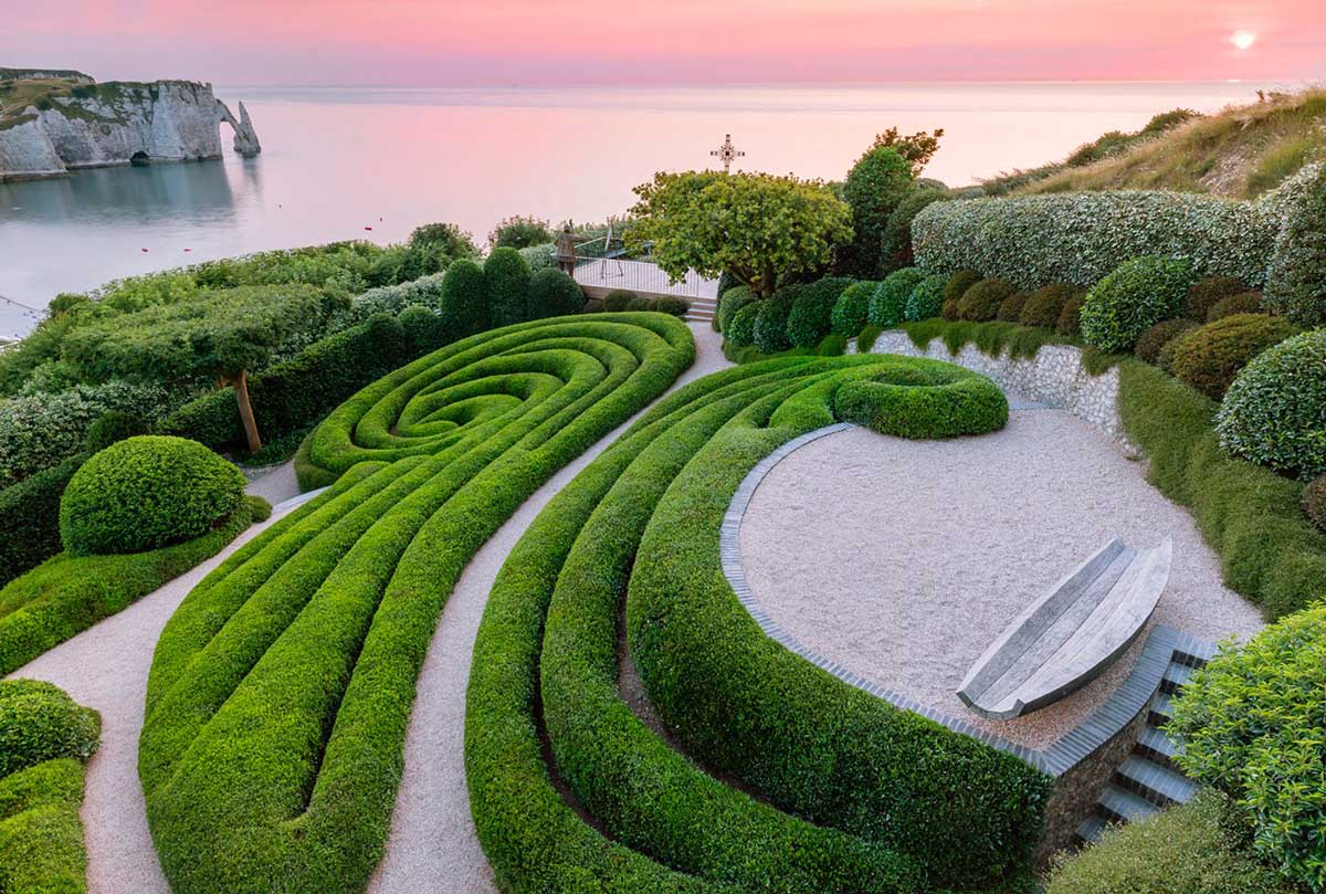 Les Jardins d'Etretat is a neo-futuristic garden that extends over the cliffs of the Alabaster Coast